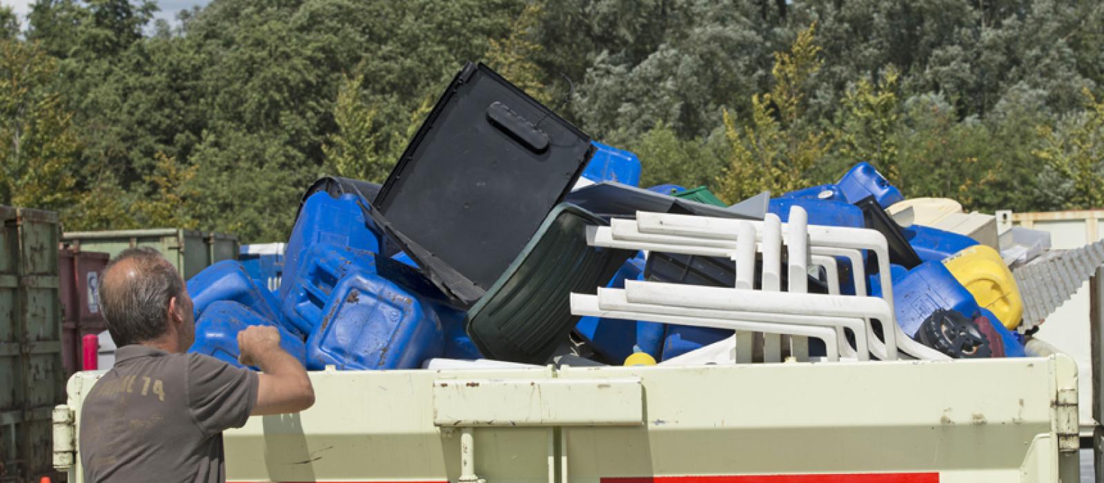 Wegwijs op Recycleplein Apeldoorn