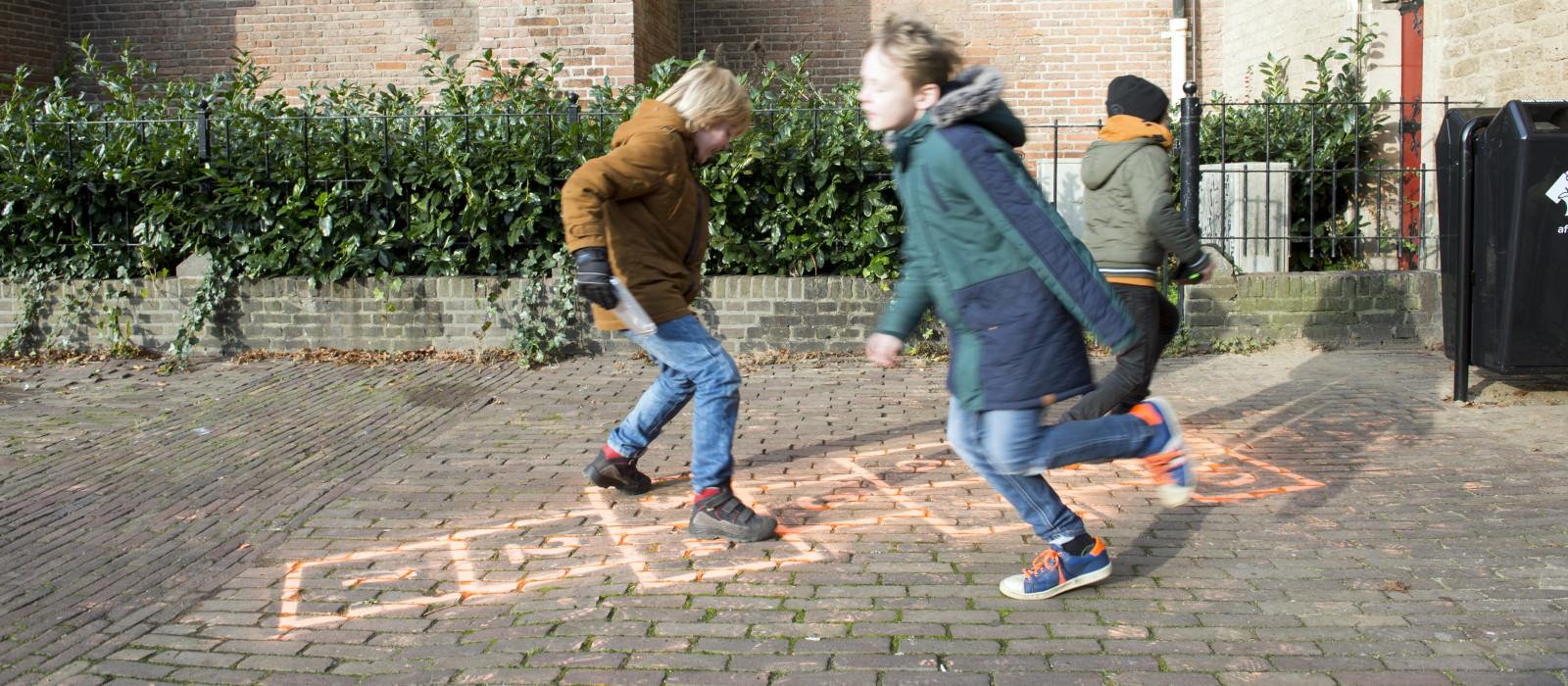 PMD apart ingezameld in de binnenstad van Deventer