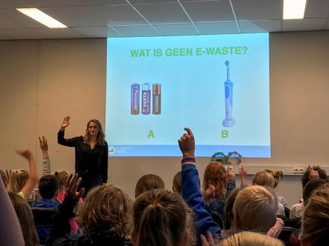 Negen Deventer scholen zamelen elektronisch afval in!